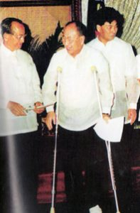 1995 AY Oath-taking as Amb to Japan