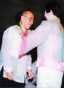 2003 FEU Outstanding Alumnus - Caption