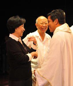 2009 AY at YGC Healing Mass (2)